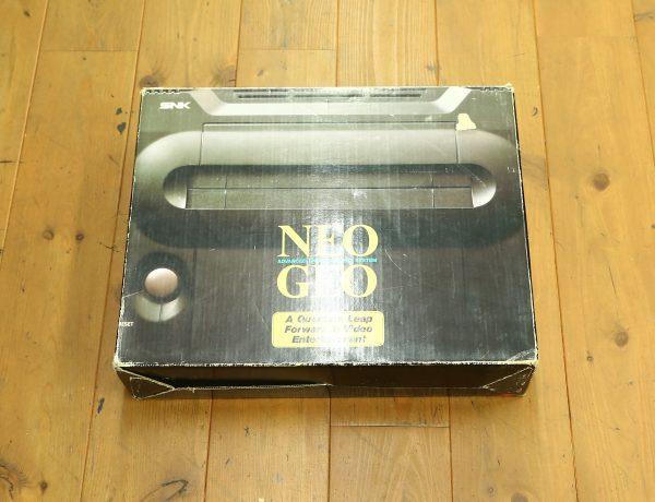 SNK ネオジオ 箱付美品を高価買取しました!